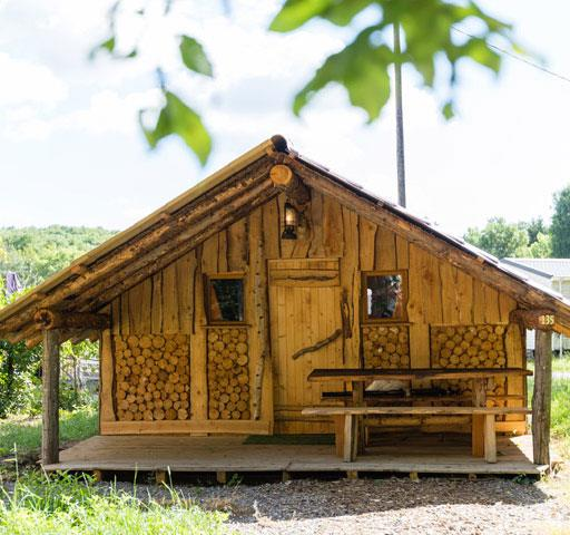 Atypical Wooden Hut of the Lumberjack: rental of atypical accommodations in the Haut-Rhin