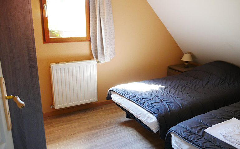 Room with 2 single beds Chalet Alsacien Altkirch