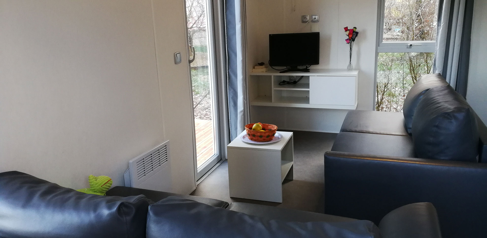 Comfortable mobile home up for rental nearby Colmar
